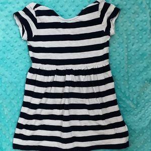 Gap Kids size 4/5 adorable stripped dress